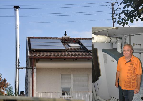 Einfamilienhaus in Bobingen, Kollektor: CITRIN - Aufdachmontage, Kollektorfläche: 13m², Speicher: SolvisMax Solarheizkessel, Speichervolumen: 750 Liter, Energieverbrauch vorher: 35.000 kWh Öl, Energieverbrauch nachher: 22.000 kWh Gas, Energieeinsparung: 40 Prozent, Restheizung: integrierter Gasbrennwertkessel, Besonderheit: Das Gasbrenner ist im Speicher platziert, dadurch im laufenden Betrieb immer Brennwertnutzen. Das Solarheizsystem ist mit einer solaren Start-Stopp-Regelung für den Gasbrenner ausgestattet. Der Gasbrenner ist modulierend von 5 - 20kW ausgestattet.